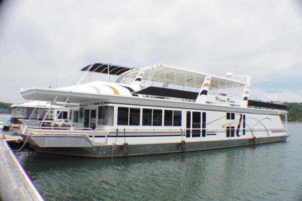 Fantasy Houseboat Widebody