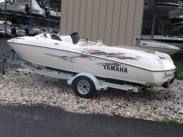 Yamaha Sport Boat Exciter 270