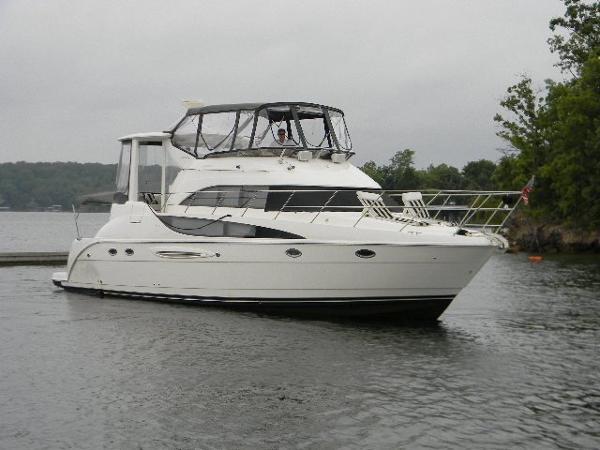 Meridian 459 Cockpit Motoryacht