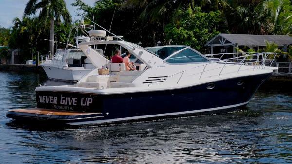 Uniesse 42 Open Starboard Profile