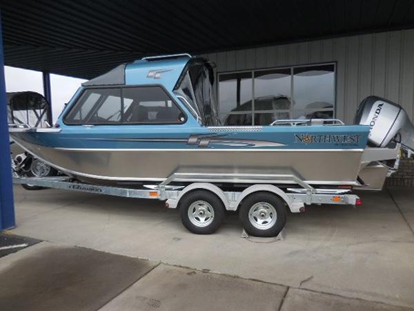 Northwest Boats 218 Lightning