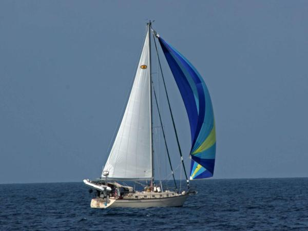 Island Packet 440 Equinox Under Sail