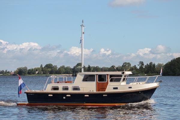 Crown Trawler 10,50 Crown Trawler 10,50