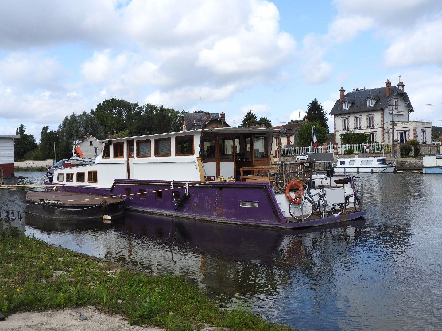 Residential Barge