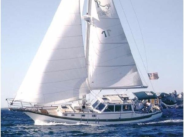 Cabo Rico Pilothouse Cutter 38