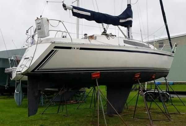 Canadian Sailcraft CS 30