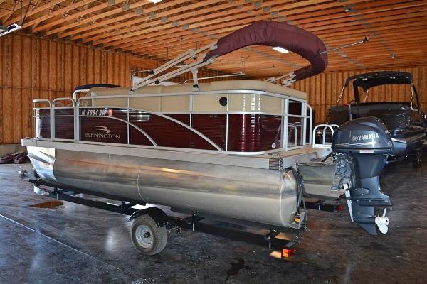 Bennington 168 SF - 8FT Wide