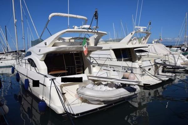 Ferretti Yachts 430 FLY