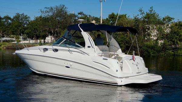 Sea Ray 300 Sundancer Profile