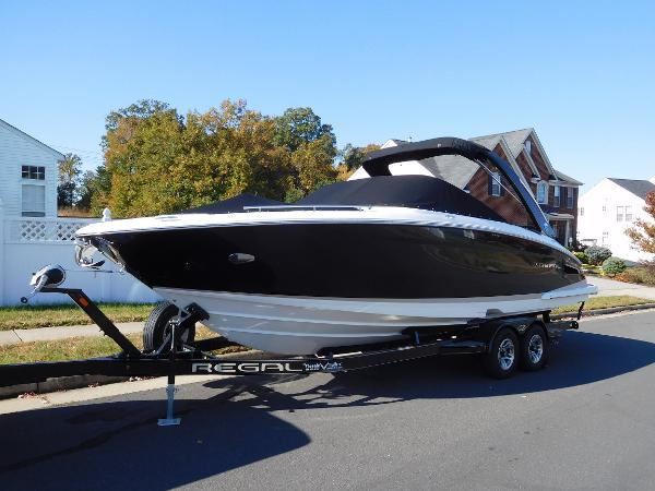 Regal 2800 Bowrider