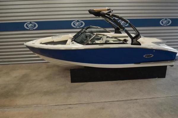 Cobalt Boats CS22