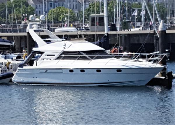 Fairline Phantom 38 Fairline Phantom 38 for sale with BJ Marine