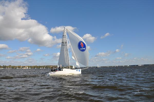 Skippi 650 Race Sailing
