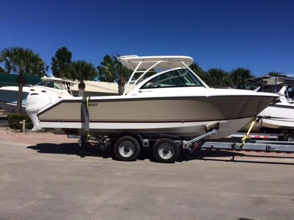 Pursuit 265 Dual Console Bowrider