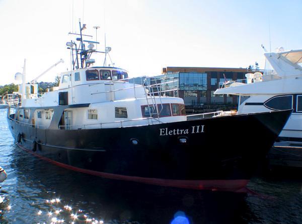 Fairmile Custom Steel North Sea Trawler Custom Steel North Sea Trawler - Dockside Profile