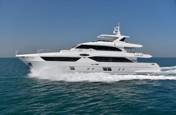 Majesty Yachts Majesty 110 MAJESTY110