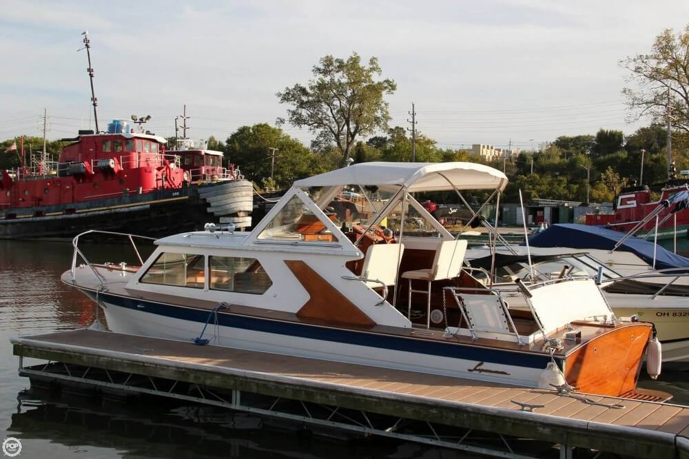 Lyman-Morse 26 Express Cruiser 1969 Lyman 26 Express Cruiser for sale in Cleveland, OH