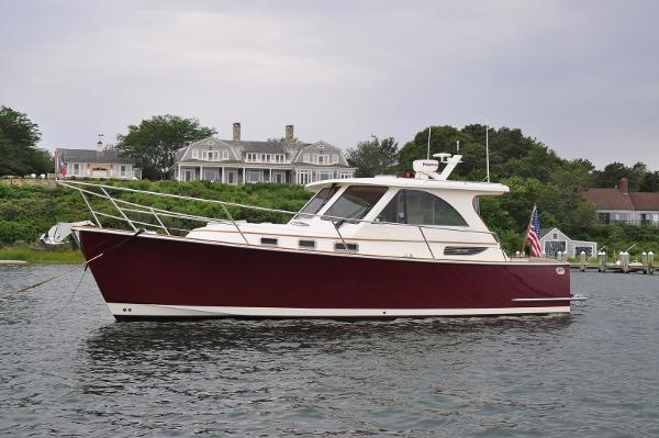 Legacy Yachts 32 Overall