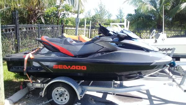 Bombardier Twin Sea Doo GTX PACKAGE