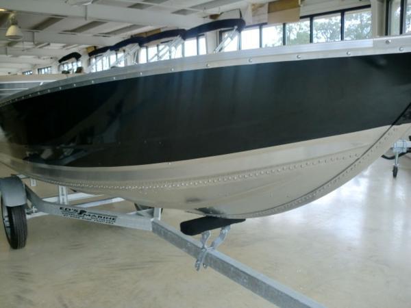 Lowe V1460