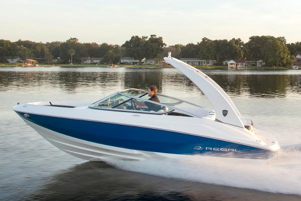 Regal 2000 ES Bowrider with 225 HP Manufacturer Provided Image