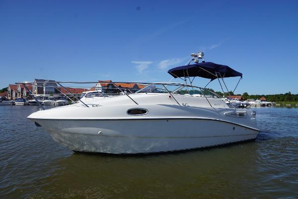 Sealine S23 Sports Cruiser Sealine 23