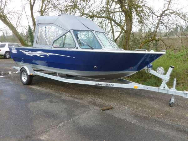 River™ Hawk Boats 20' Seahawk Coastal GB