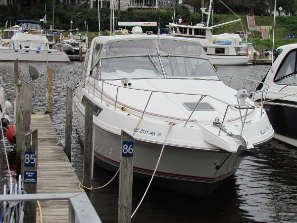 Carver Montego 538 Dockside