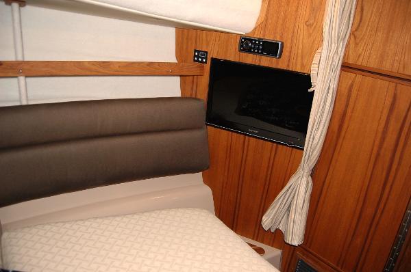 Ranger Tug 31 (Actual) Forward Cabin TV