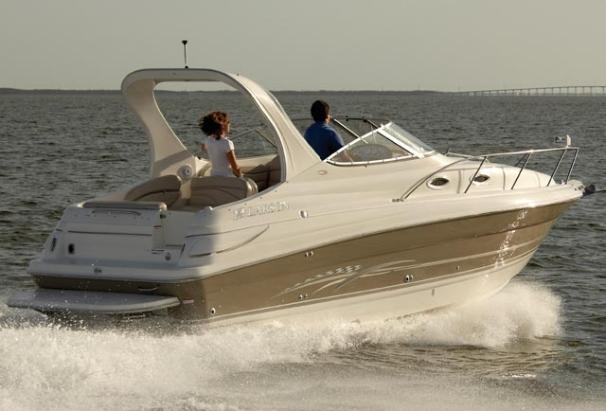 Larson Cabrio 260 Manufacturer Provided Image
