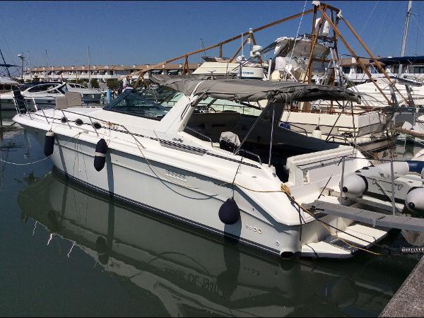 Sea Ray 440 Sundancer