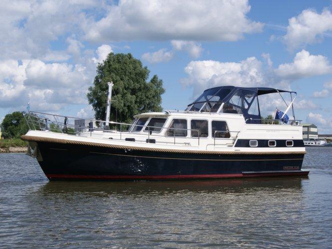 Aquanaut Drifter Trawler 1150 AK