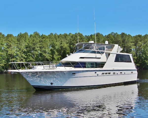 Hatteras 52 Motor Yacht QTR