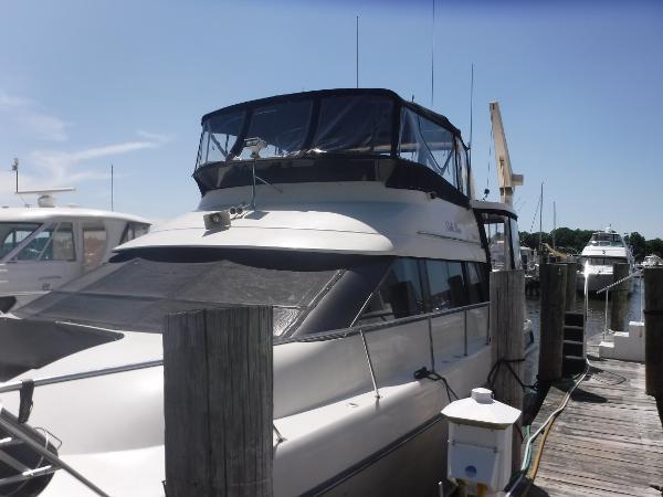 Silverton 46 Motor Yacht