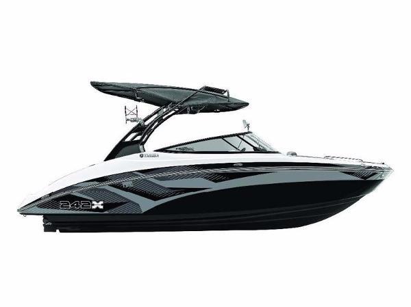 Yamaha Marine 242X eSeries