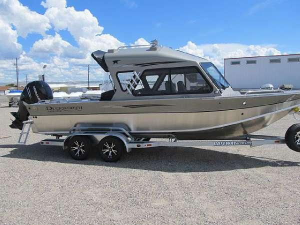 Duckworth Pacific Navigator 235