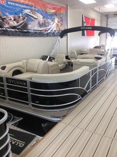 Sylvan 8520 Cruise-n-Fish