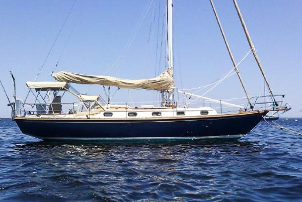 Robinhood 36 (Cape Dory)  -CUTTER- Compare to Morris! ABNER E