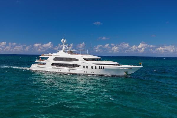 Trinity Yachts Motor Yacht Skyfall