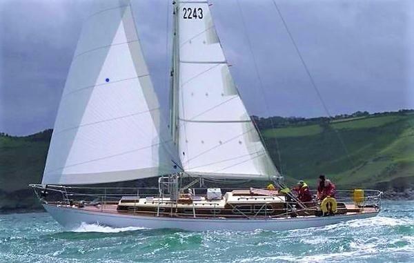 Holman 42 Cruiser Racer Sloop