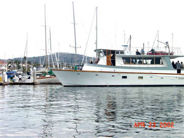 Mason Bragg Custom Yacht Under Way