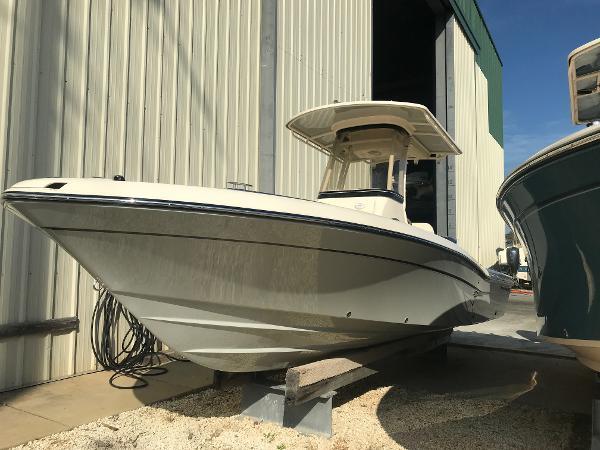 Grady-White 251 Coastal Explorer