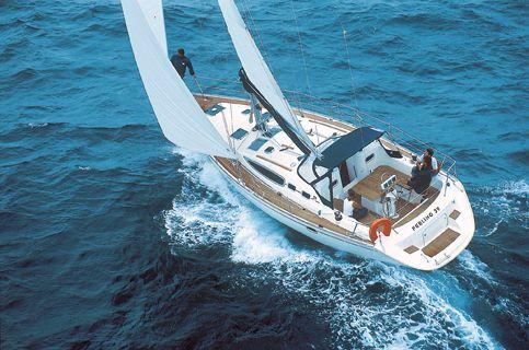 Feeling 39 Sailing
