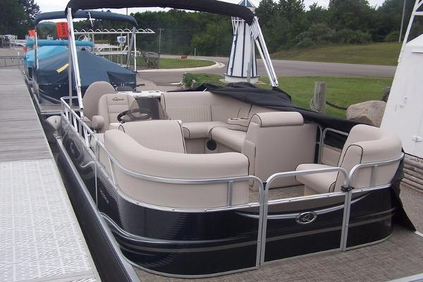 Apex Marine LS 818 XRE Cruise