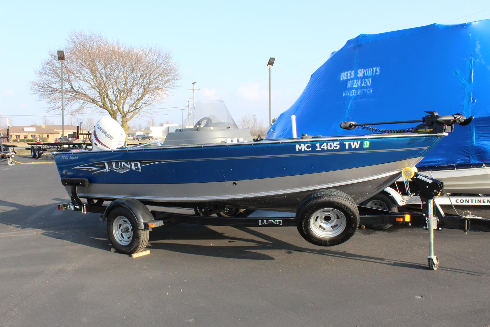 Used lund 1775 impact boats for sale for Used lund fishing boats for sale