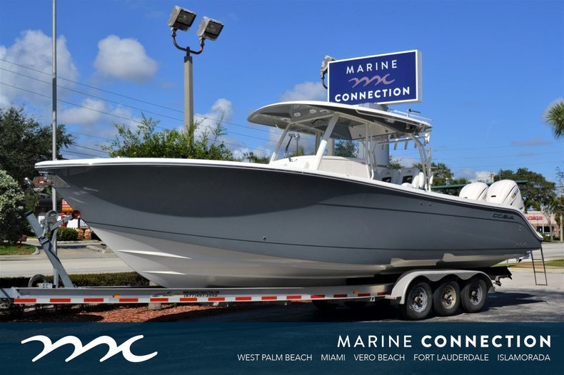 Cobia 350 CC Center Console