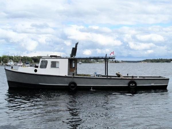 CUSTOM BUILT 40' x 12' Steer Trap Net Boat/Work Boat