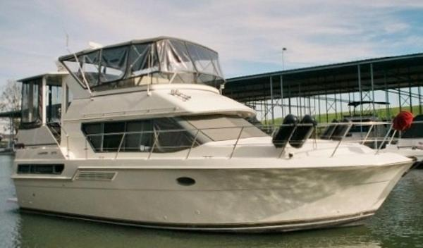 Carver 370 Aft Cabin Motoryacht Sistership Photo