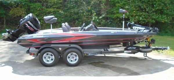 Triton Boats 18 TRX