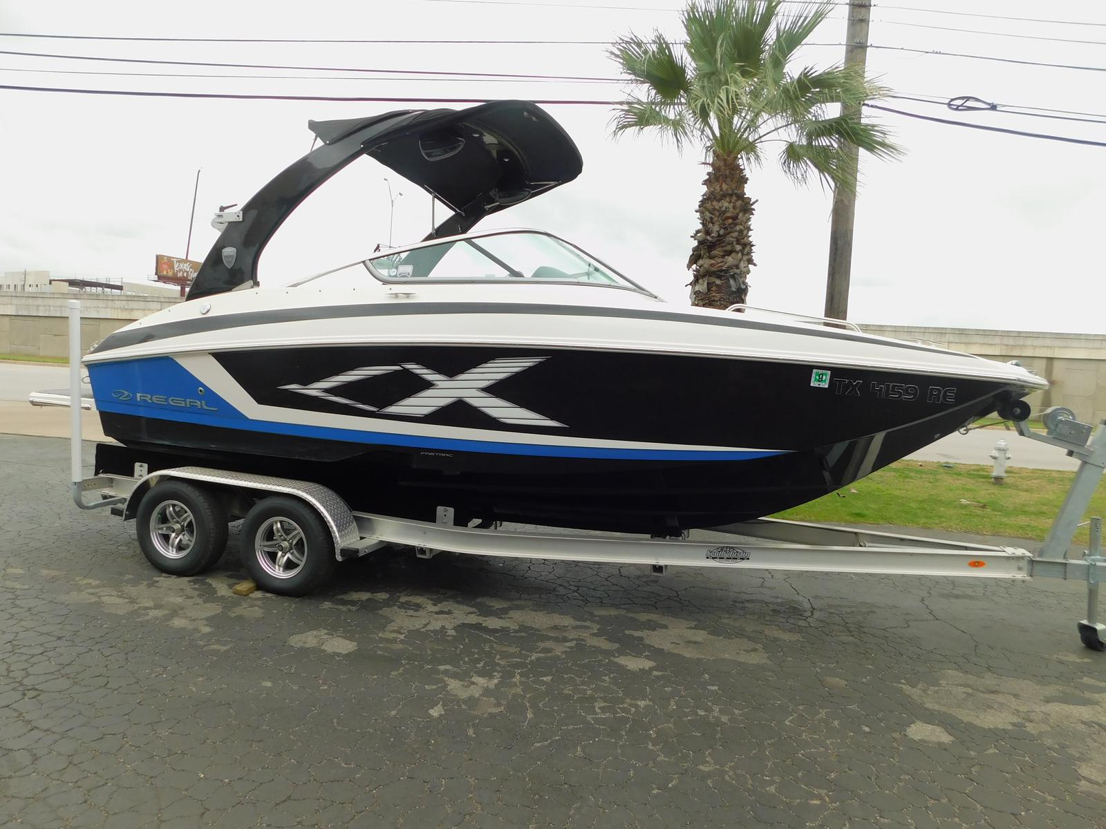 Regal 24 RX FASDECK